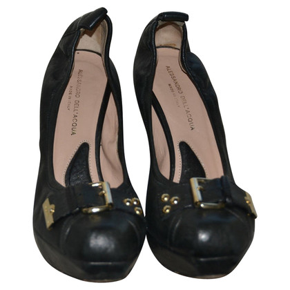 Alessandro Dell'Acqua leather pumps