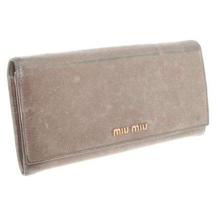 Miu Miu Wallet in olive