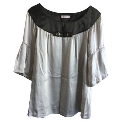 Laurèl Silk top