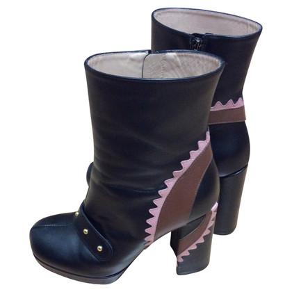 Pinko bottes