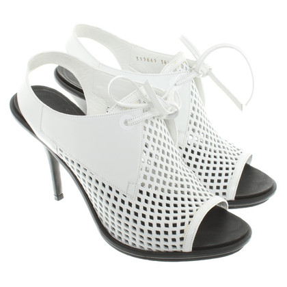 Balenciaga Lederen pumps in White
