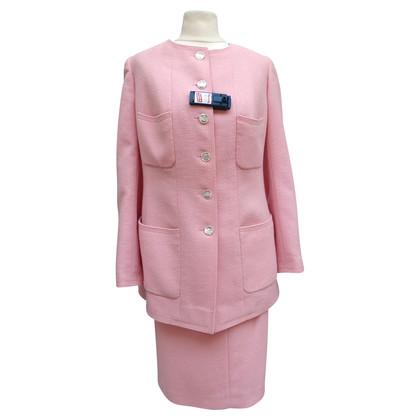 Chanel Roze kostuum