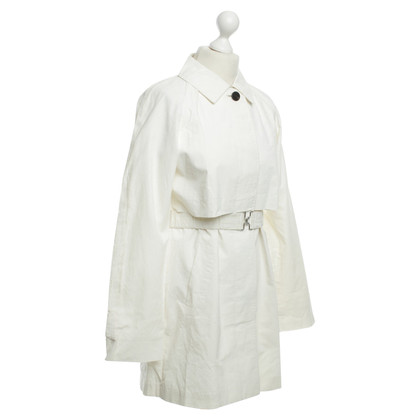 Aquascutum Trench coat in pale cream