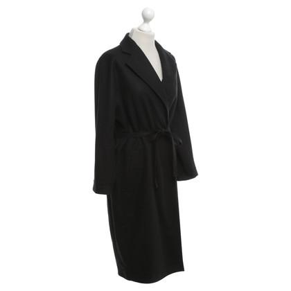 Acne Coat in black
