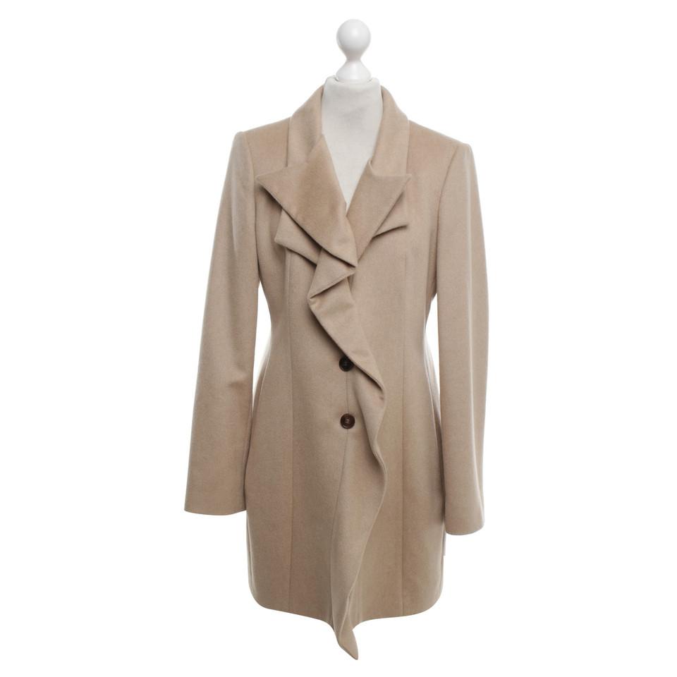 hugo boss mantel in beige second hand hugo boss mantel in beige gebraucht kaufen f r 200 00. Black Bedroom Furniture Sets. Home Design Ideas