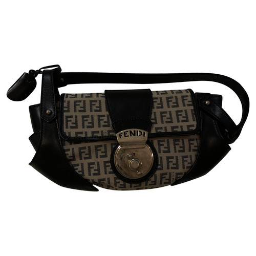 79b2a30f1949 Fendi Small Handbag - Second Hand Fendi Small Handbag buy used for ...