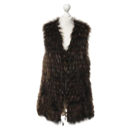 Arma Fur vest in Brown