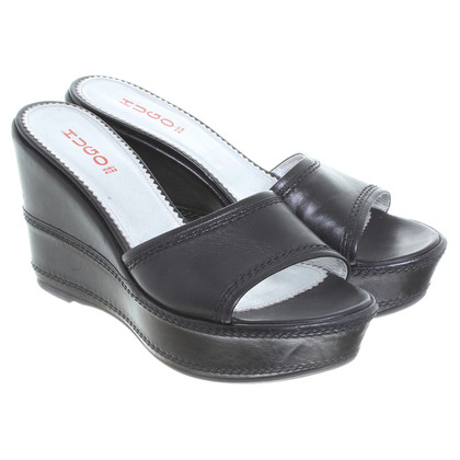 Hugo Boss Slippers with plateau-heels