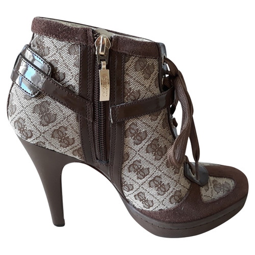 quality design 42921 cc4f3 Guess Pumps/Peeptoes aus Jeansstoff in Braun - Second Hand ...