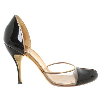Gucci pumps patent leather