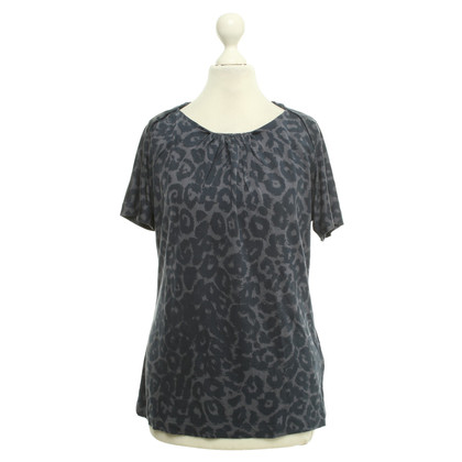 Armani Top met animal print
