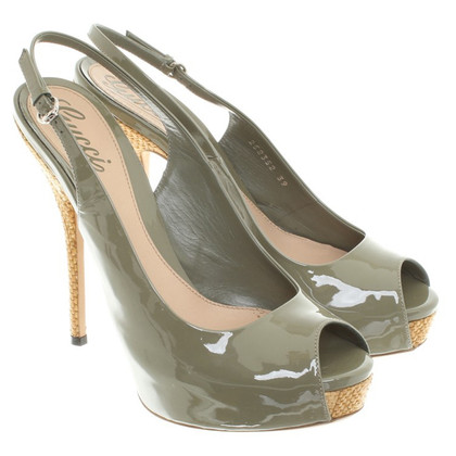 Gucci Peeptoes patent leather