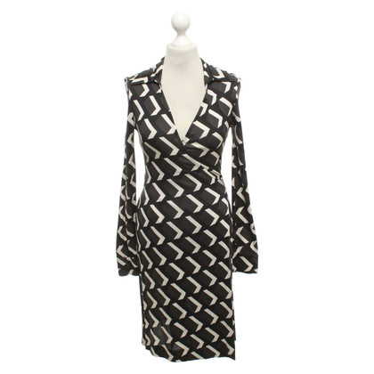 Diane von Furstenberg Dress with graphic pattern