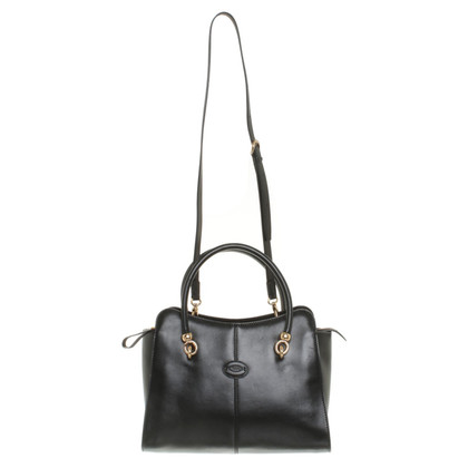 Tod's Handbag in iconic style
