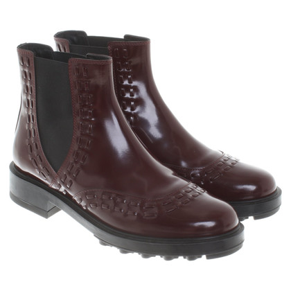 Tod's Boots in burgundy