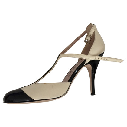 Salvatore Ferragamo pumps pelle