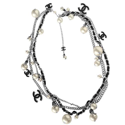 nuova versione ultimo sconto come acquistare Chanel Cintura collana di perle COCO IN LUNA - Second hand ...