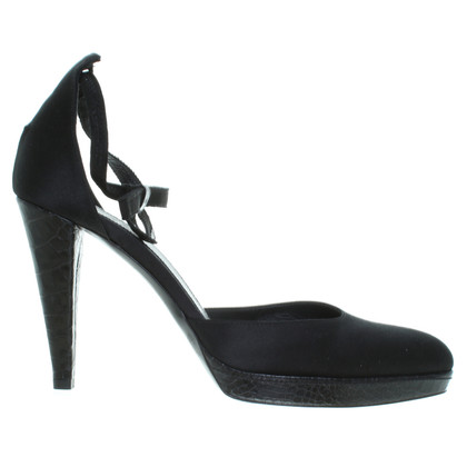 Hugo Boss Sling-Pumps in Schwarz