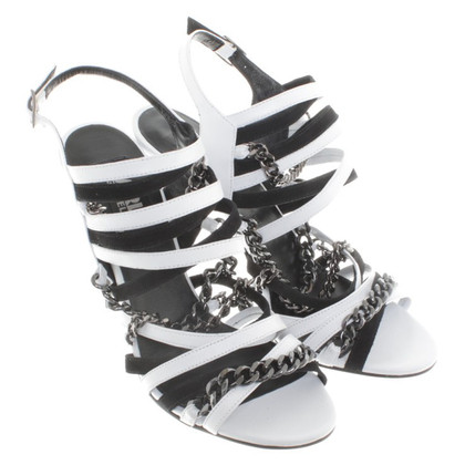 Karl Lagerfeld High Heels in black and white