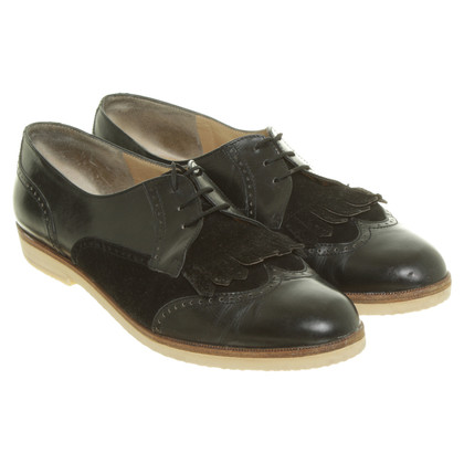 Salvatore Ferragamo Lace-up shoes in black