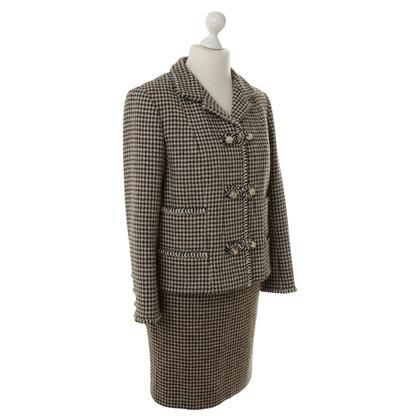 Chanel Kostüm mit Muster