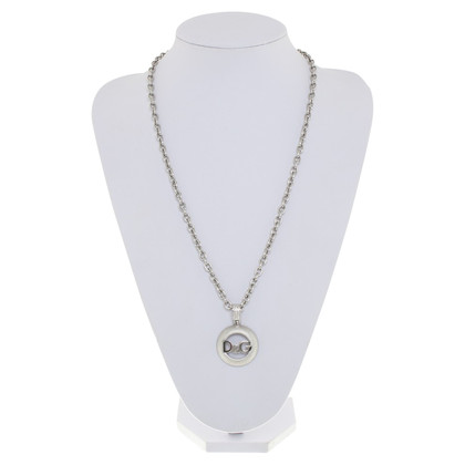 D&G Chain with pendant