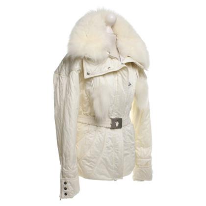 Moncler giacca bianca con bordo in pelliccia