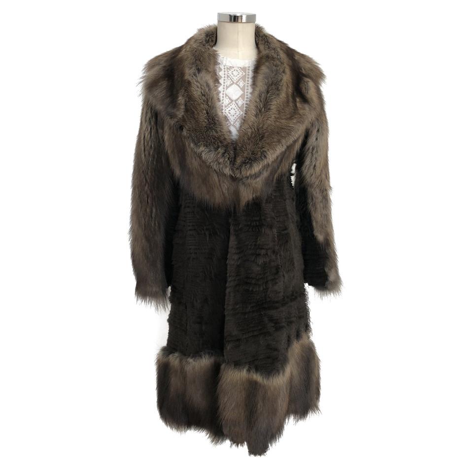 christian dior manteau de fourrure acheter christian. Black Bedroom Furniture Sets. Home Design Ideas