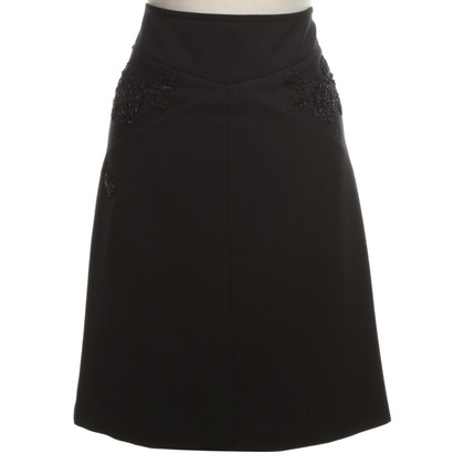 Moschino skirt application