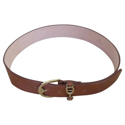 Aigner Belt tab style