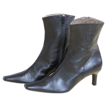 Russell & Bromley Stivaletti in pelle nera