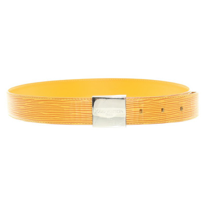 Louis Vuitton Belt buckles in yellow with changes