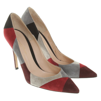 Gianvito Rossi pumps nel look patchwork