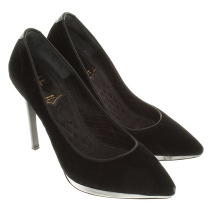Tom Ford pumps of velvet