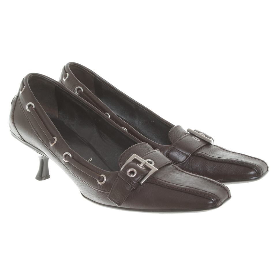 Prada Leder-Pumps in Braun