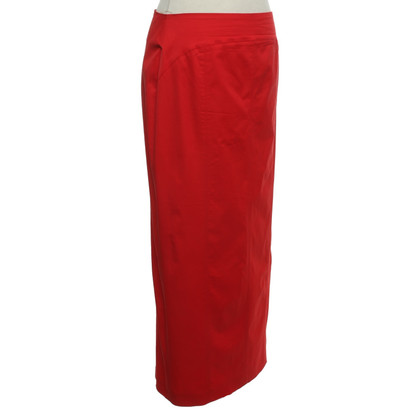 D. Exterior skirt in red