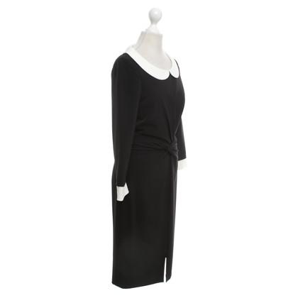 Rena Lange Zwarte jurk met Peter Pan kraag