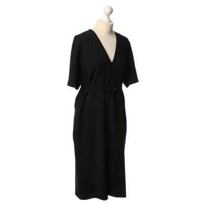 Joseph Discreet, elegant dress in black
