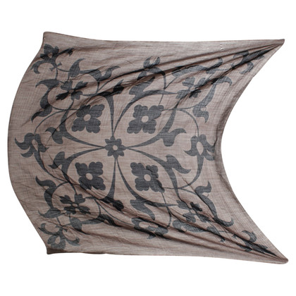 Hemisphere Cloth with floral silhouette
