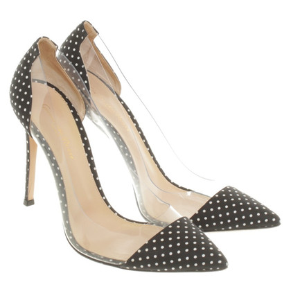 Gianvito Rossi pumps avec motif de points