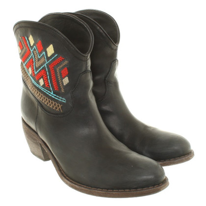 Jo Nu Fui  Ankle boots in black