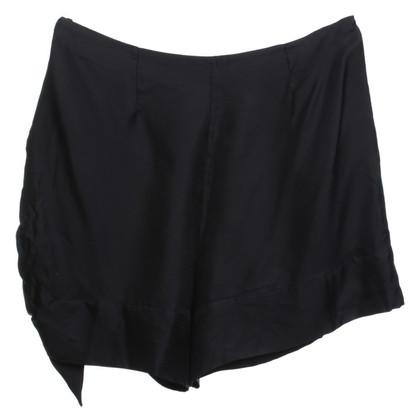 Prada Shorts di seta in nero