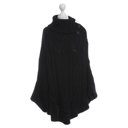 Hugo Boss Knitted Poncho in black