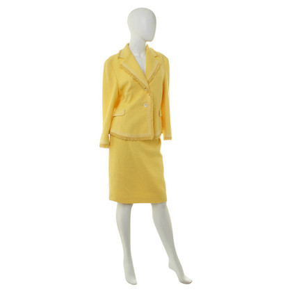 Other Designer Féraud - costume in yellow