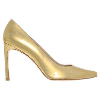 Stuart Weitzman pumps in colori oro