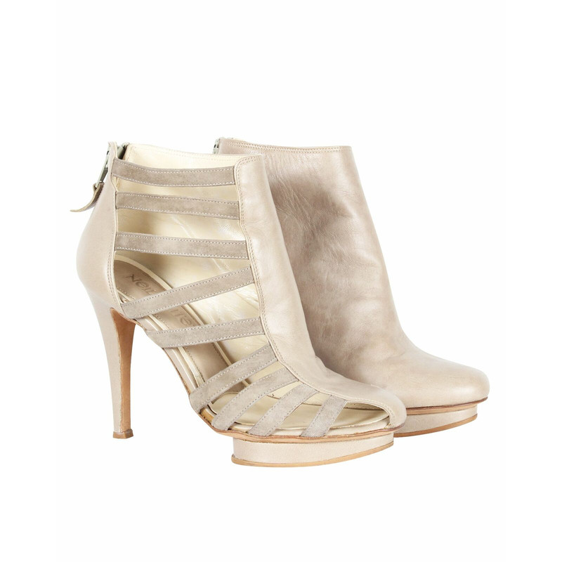 Le Silla Ankle boots Leather in Nude