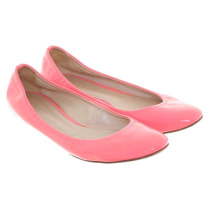 Casadei appartamenti pelle verniciata di balletto in neon rosa