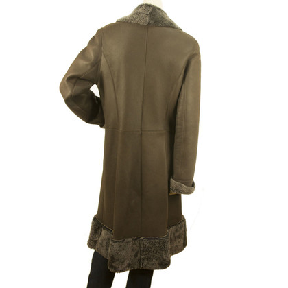 Guy Laroche Sheepskin coat