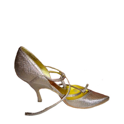 Bottega Veneta Pumps in Gold