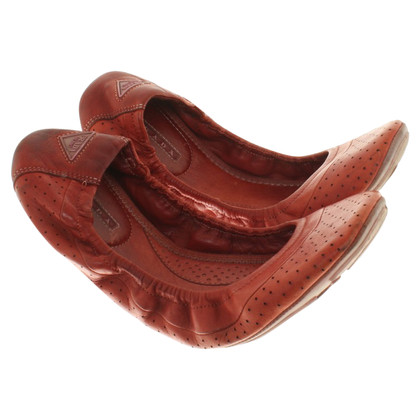 Prada Leather Ballerina's in het rood